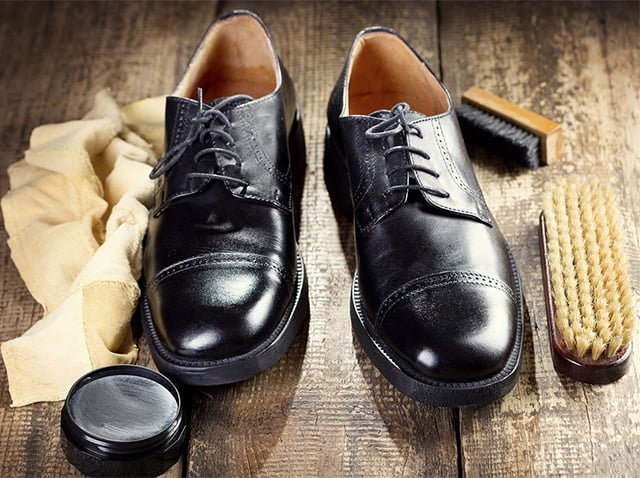 чистка обуви до блеска