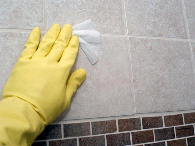 очистка плитки от грунтовки