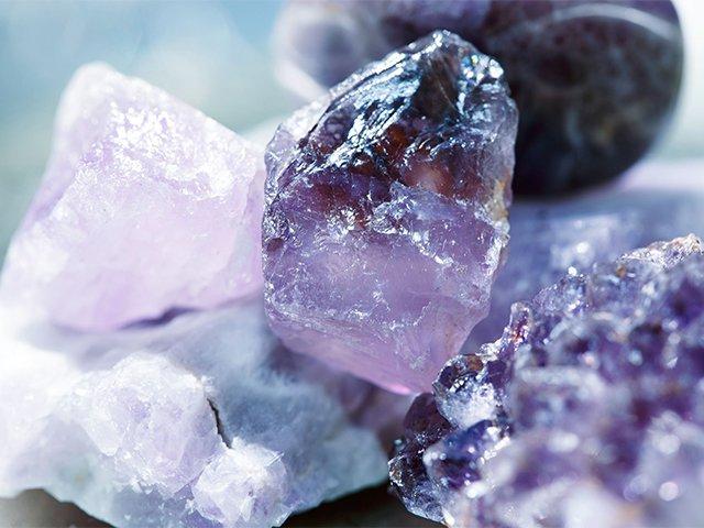 драгоценный камень аметист