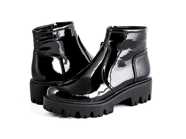 новые лакированные ботинки