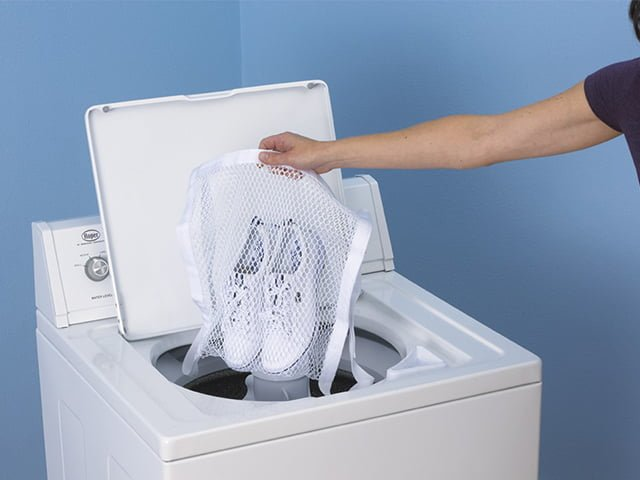 стирка белых кед в стиральной машине