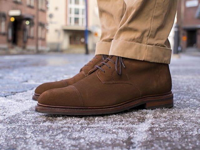 уход за замшевой обувью в сырую погоду