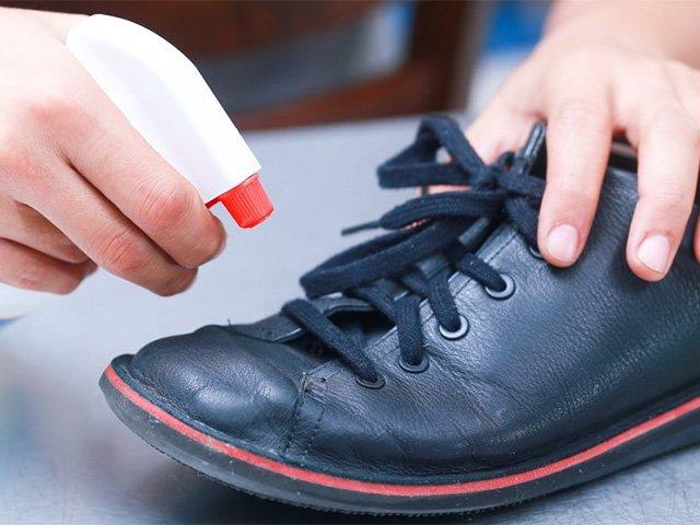 спрей для обработки обуви