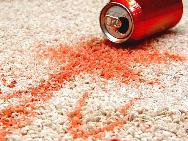 пятно от кока-колы на ковре