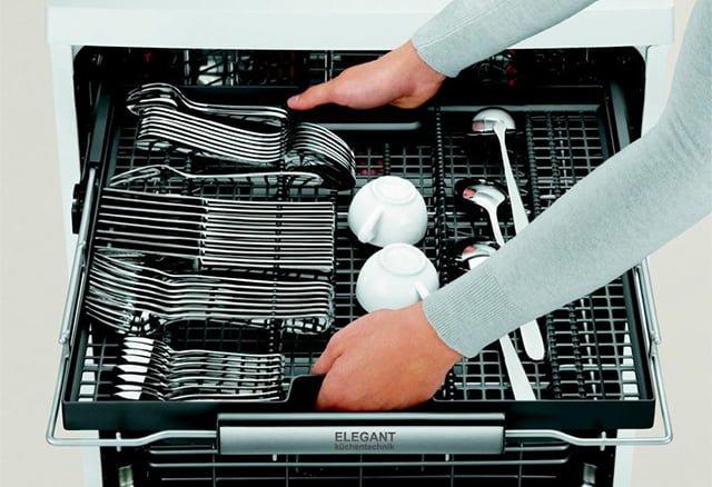 мытье серебряных столовых приборов