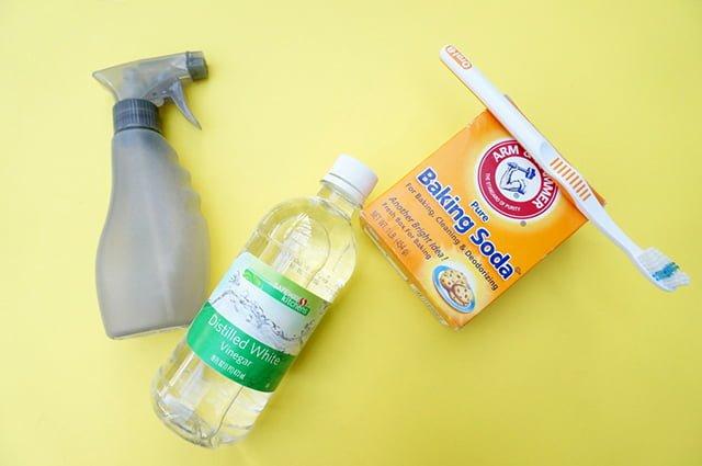 сода и уксус для удаления жира и налета с плитки