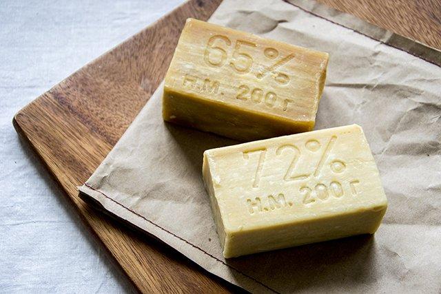 хозяйственное мыло для чистки плитки