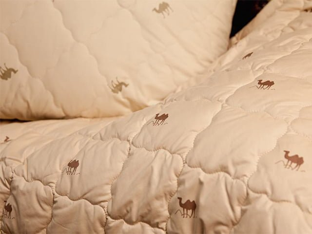 вид одеяла из шерсти