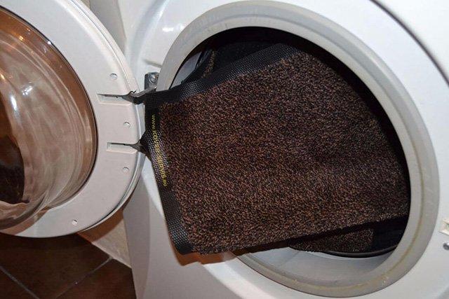 стирка коврика для ног в стиральной машине