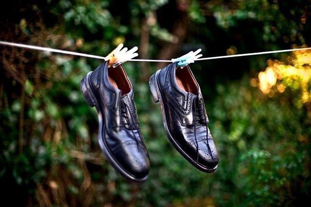 сушка мужских ботинок