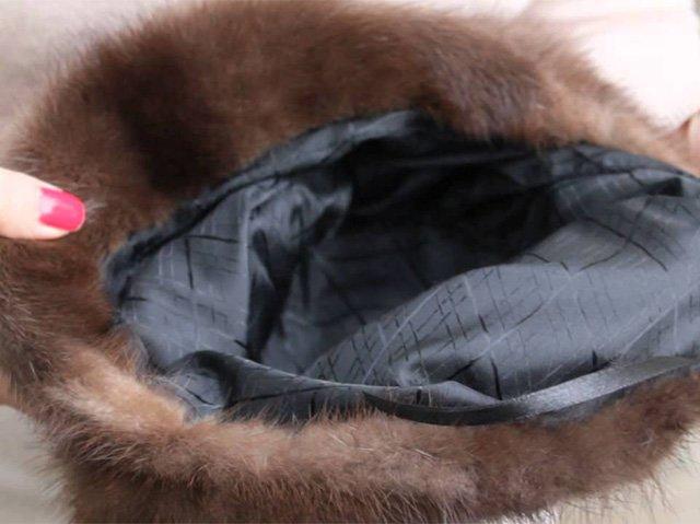 меховая шапка с подкладом на зиму