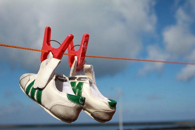 кроссовки сушатся
