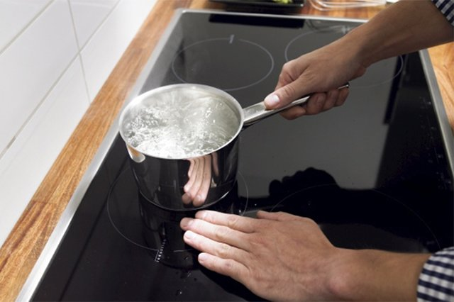 индукционная плита не работает