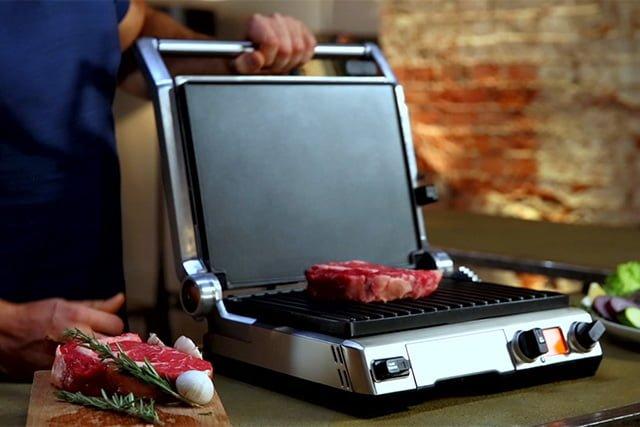 приготовление стейка на электрогриле