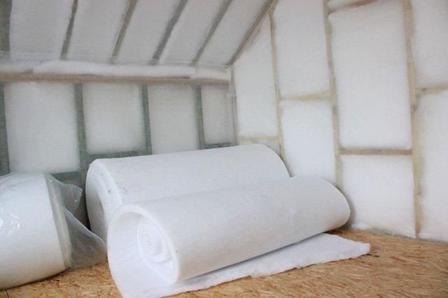 утепление стен дома холлофайбером