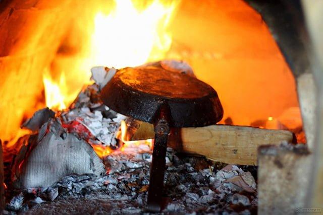 прокаливание сковороды в печи