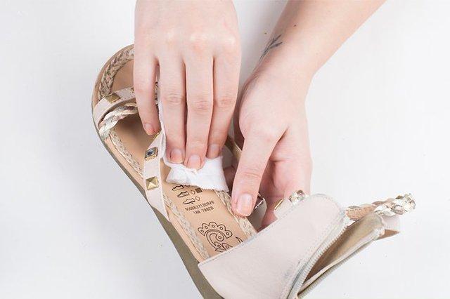 чистка подошвы обуви