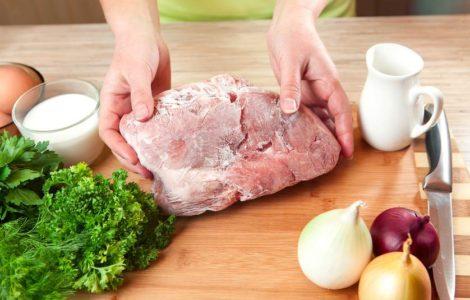 Как размораживать мясо