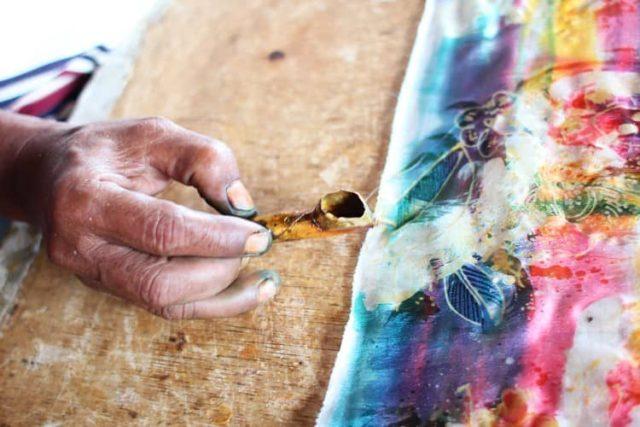 Батик, ручная роспись ткани