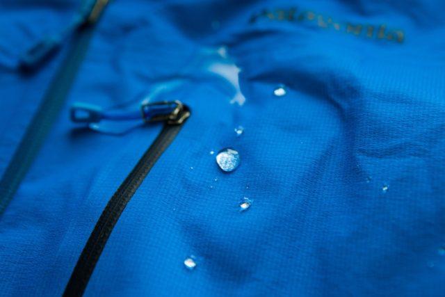 Как стирать мембранную одежду