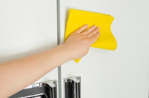 Как отбелить холодильник
