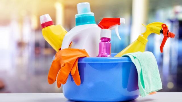 Чем чистить вагонку