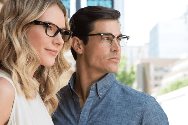 Как носить и хранить очки
