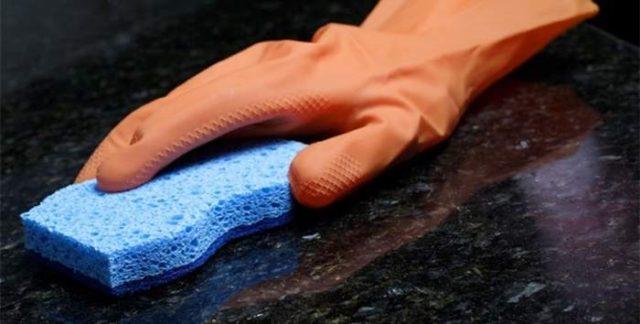 Как очистить мраморный памятник