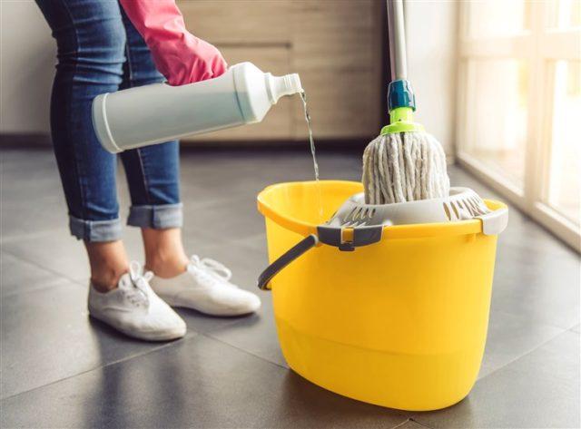 Мытье полов без химии