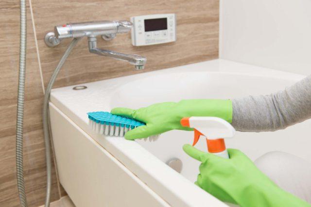 Уборка в ванной без химии